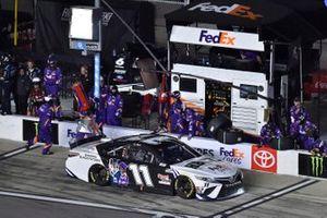 Denny Hamlin, Joe Gibbs Racing, Toyota Camry FedEx Shaping Black Futures