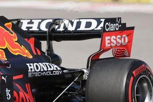Red Bull Racing RB16B, dettaglio dell'ala posteriore