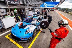 #61 EBM Giga Racing Porsche 911 GT3-R: Adrian Henry D' Silva, Reid Harker, Will Bamber, Carlos Rivas