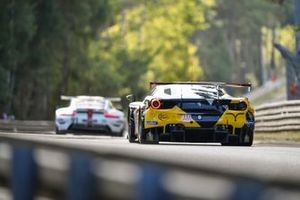#66 JMW Motorsport Ferrari 488 GTE EVO LMGTE Am, Thomas Neubauer, Rodrigo Sales, Jody Fannin
