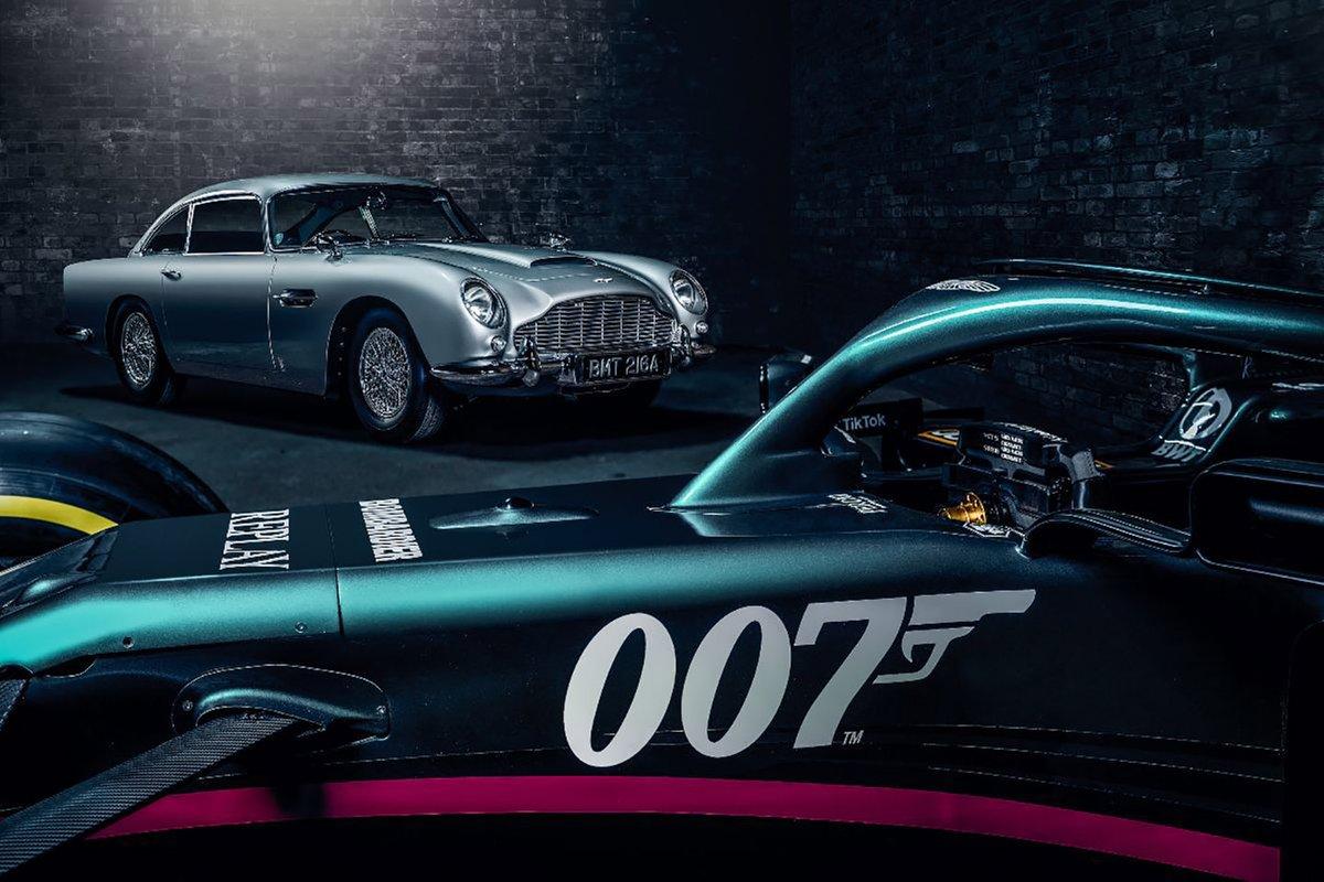 Logo de 007 en el Aston Martin AMR21