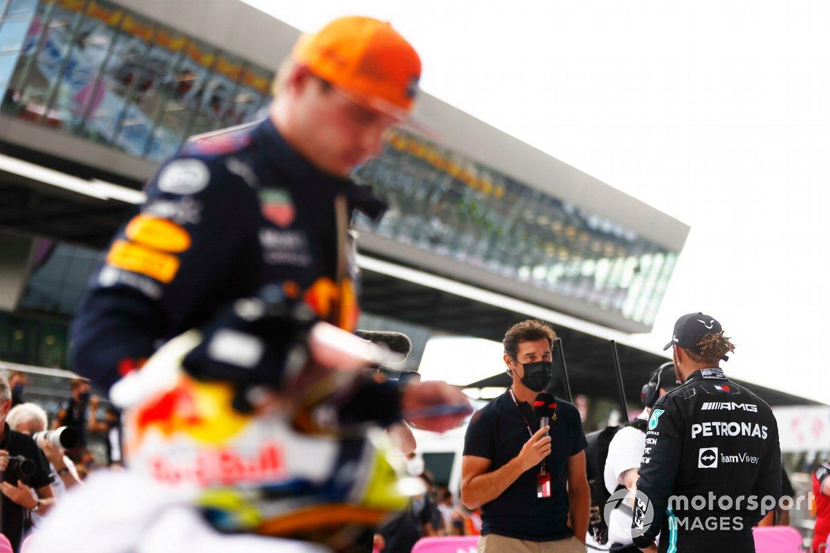 Segundo lugar Lewis Hamilton, Mercedes, es entrevistado por Mark Webber, Channel 4 F1