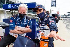 Takuma Sato, Rahal Letterman Lanigan Racing Honda, mit Eddie Jones