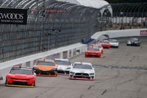 Justin Allgaier, JR Motorsports, Chevrolet Camaro BRANDT, Austin Cindric, Team Penske, Ford Mustang Car Shop