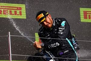 Lewis Hamilton, Mercedes, 1st position, sprays the victory Champagne