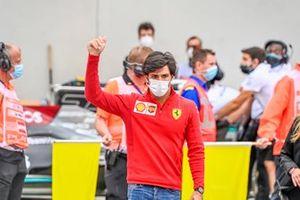 Carlos Sainz Jr., Ferrari, at the drivers parade