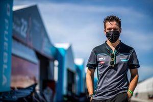 Sacha Fenestraz, Jaguar Racing