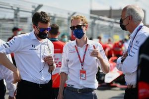 Thomas Chevaucher, Direttore DS Performance , Sylvain Filippi, Managing Director, Envision Virgin Racing
