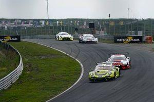 #92 SSR Performance Porsche 911 GT3 R: Michael Ammermu?ller, Mathieu Jaminet