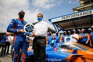 Scott Dixon, Chip Ganassi Racing Honda remporte la récompense NTT Data P1 pour la pole position