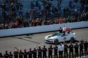 Helio Castroneves, Meyer Shank Racing Honda celebrates his victory, Michael Shank