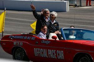 Pre-Race Indycars