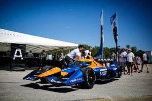Kevin Magnussen, Arrow McLaren SP Chevrolet crew members