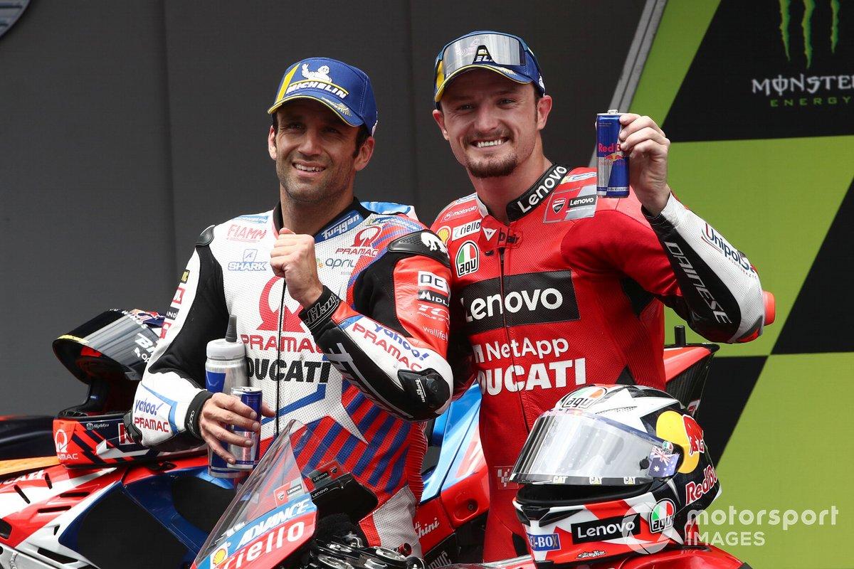 Segundo lugar Johann Zarco, Pramac Racing, tercer lugar Jack Miller, Ducati Team