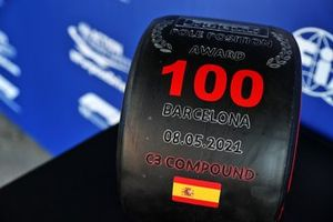 Pirelli Pole Position Award with 100 graphic to celebrate the 100th pole position of Lewis Hamilton, Mercedes