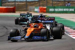 Daniel Ricciardo, McLaren MCL35M, Antonio Giovinazzi, Alfa Romeo Racing C41, Fernando Alonso, Alpine A521, and Lance Stroll, Aston Martin AMR21