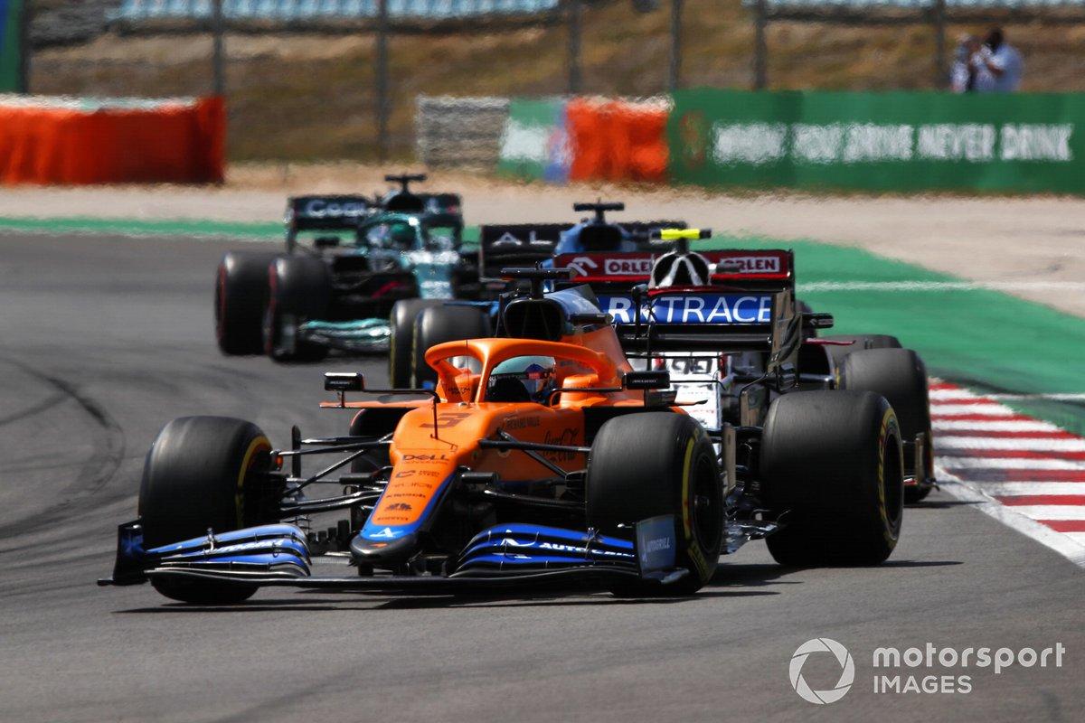 Daniel Ricciardo, McLaren MCL35M, Antonio Giovinazzi, Alfa Romeo Racing C41, Fernando Alonso, Alpine A521, Lance Stroll, Aston Martin AMR21
