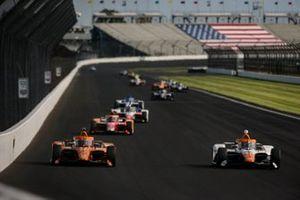Felix Rosenqvist, Arrow McLaren SP Chevrolet and Juan Pablo Montoya, Arrow McLaren SP Chevrolet
