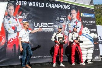 Champion Ott Tänak, Martin Järveoja, Toyota Gazoo Racing WRT Toyota Yaris WRC with Ari Vatanen
