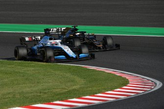 George Russell, Williams Racing FW42, lotta con Romain Grosjean, Haas F1 Team VF-19