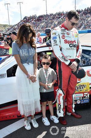 Kyle Busch, Joe Gibbs Racing, Toyota Camry Sport Clip.