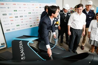 Alberto Longo, CEO of Formula E, shows Juan Carlos Jobet, Minister of Energy for Chile the new Gen2 car.