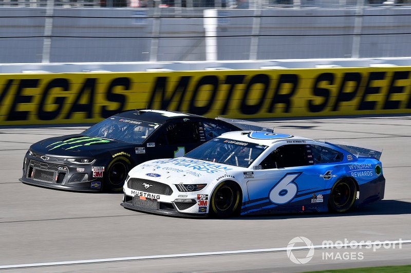 Ross Chastain, Roush Fenway Racing, Ford Mustang Wyndham Rewards, Kurt Busch, Chip Ganassi Racing, Chevrolet Camaro Monster Energy