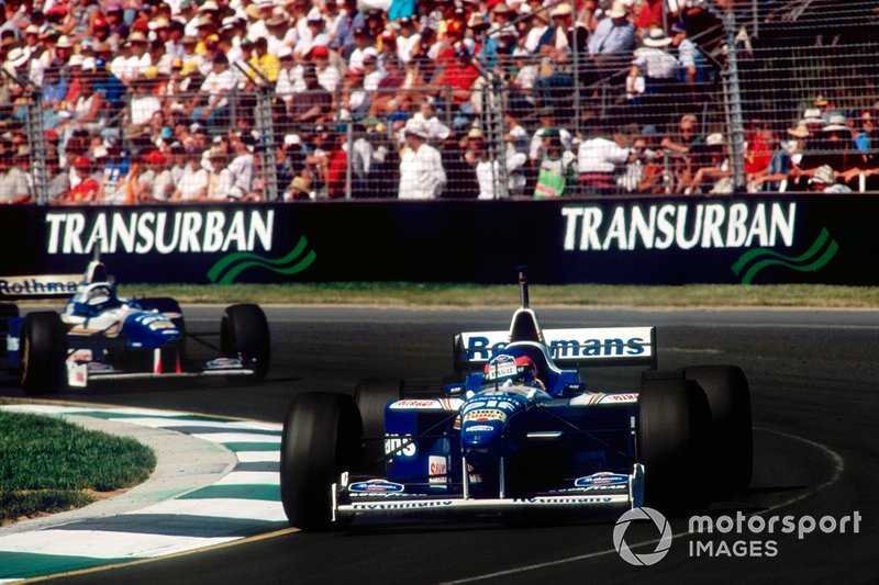 Jacques Villeneuve, Williams FW18 Renault leads Damon Hill, Williams FW18 Renault al Gran Premio d'Australia 1996