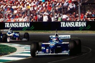 Жак Вильнев и Дэймон Хилл, Williams FW18 Renault