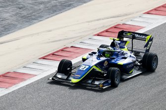 Enaam Ahmed, Carlin Buzz Racing