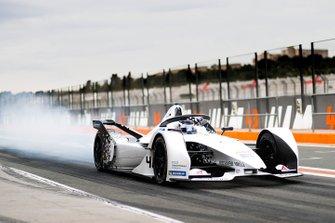 Neel Jani, Porsche, Porsche 99x Electric, fait de la fumée avec ses pneus