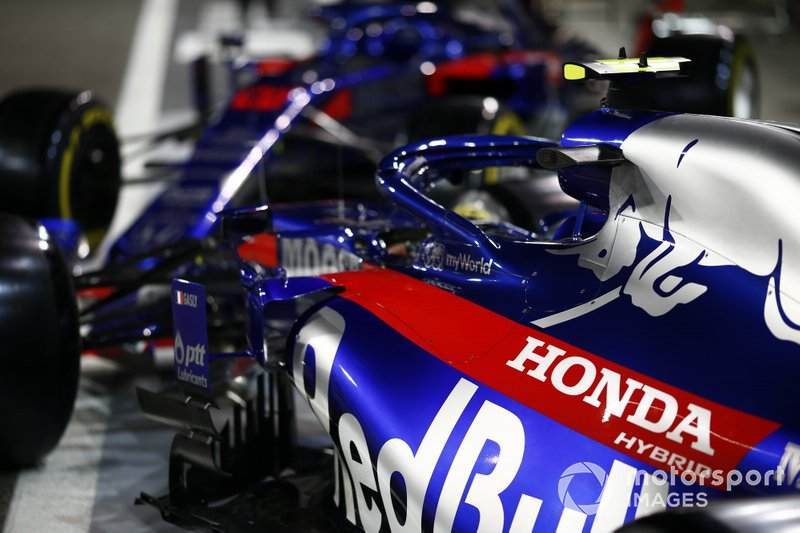 Toro Rosso STR14 cars in the pit lane