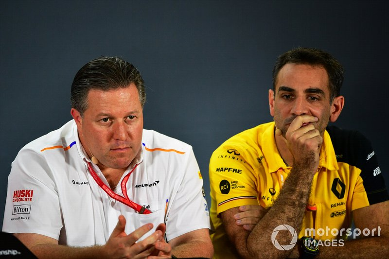 Zak Brown, Executive Director, McLaren, e Cyril Abiteboul, Managing Director, Renault F1 Team