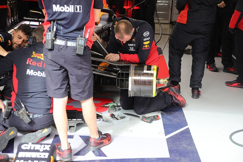Suspension avant de la Red Bull Racing RB16