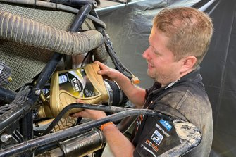 Автомобиль Jefferies Dakar Rally (№347) Тима Коронеля и Тома Коронеля, Maxxis Dakar Team powered by Eurol