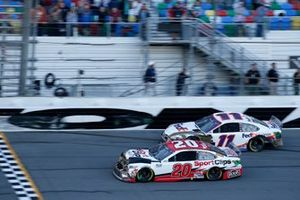 Erik Jones, Joe Gibbs Racing, Toyota Camry Sports Clips Denny Hamlin, Joe Gibbs Racing, Toyota Camry FedEx Express
