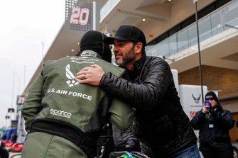 Conor Daly, Ed Carpenter Racing Chevrolet recibe la visita del 7 veces campeón de NASCAR Jimmie Johnson