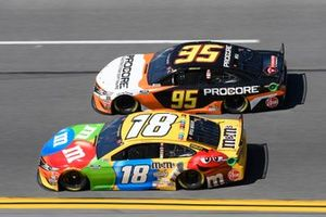 Kyle Busch, Joe Gibbs Racing, Toyota Camry M&M's, Christopher Bell, Leavine Family Racing, Toyota Camry Procore