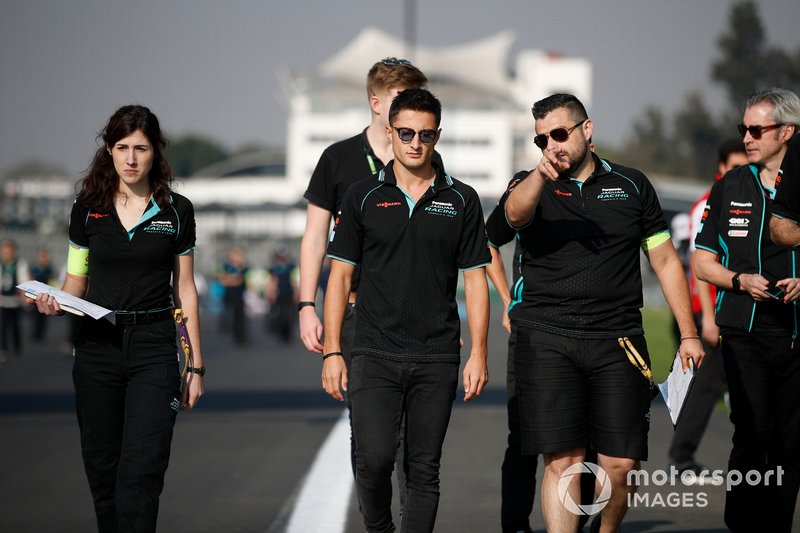 Mitch Evans, Jaguar Racing walks the track with members of his team