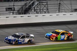 Kevin Harvick, Stewart-Haas Racing, Ford Mustang Busch Light #PIT4BUSCH and Kyle Busch, Joe Gibbs Racing, Toyota Camry M&M's