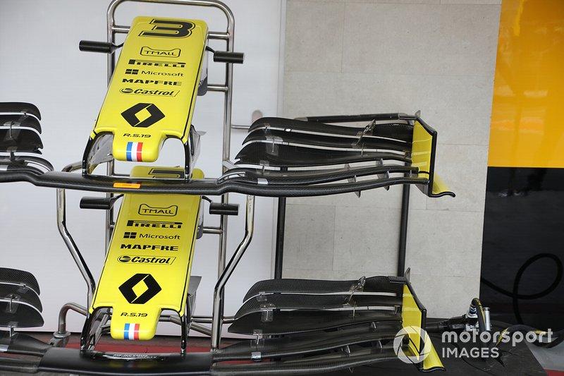 Носовой обтекатель и переднее антикрыло Renault Sport F1 Team R.S.19 Даниэля Риккардо