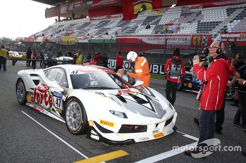 Griglia di partenza: #47 Ferrari 488 Challenge, Ferrari Budapest: Adam Carroll
