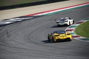 #307 Ferrari 488 Challenge, Ferrari of Atlanta: Mark Issa