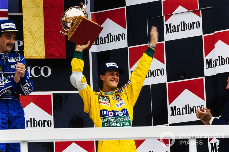 Podio: Nigel Mansell, Williams, y Michael Schumacher, Benetton