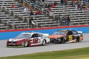 Ryan Blaney, Team Penske, Ford Mustang Wabash National, Matt DiBenedetto, Leavine Family Racing, Toyota Camry Procore
