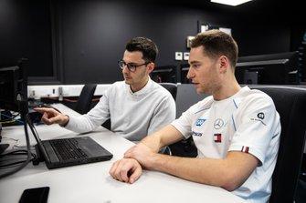 Stoffel Vandoorne, Simulatore Mercedes AMG a Silverstone