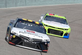 Matt DiBenedetto, Leavine Family Racing, Toyota Camry Toyota Express Maintenance, Austin Dillon, Richard Childress Racing, Chevrolet Camaro Symbicort