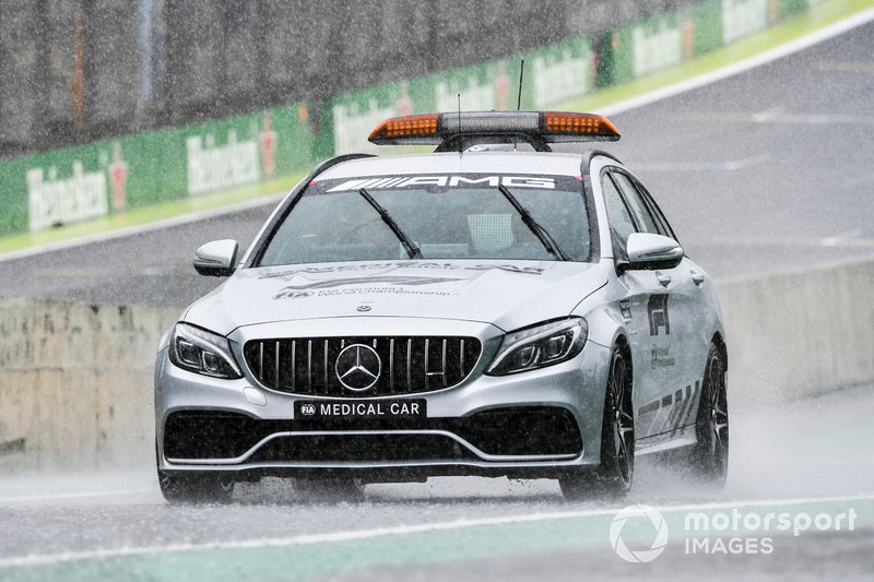 Safety Car driving in the rain