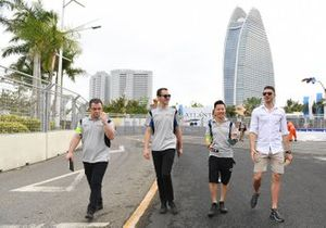Edoardo Mortara, Venturi Formula E, walks the track with team members