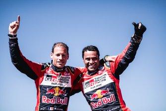 Ganadores en SxS #200 CAN-AM: Nasser Al-Attiyah, Matthieu Baumel